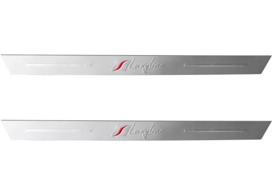 2 LuxylineEinstiegsleisten aus Aluminium