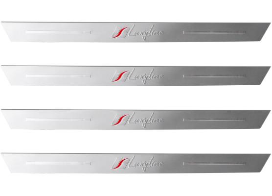 4 LuxylineEinstiegsleisten aus Aluminium