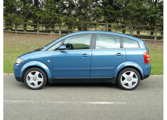Side windows lower chrome trim Audi A2
