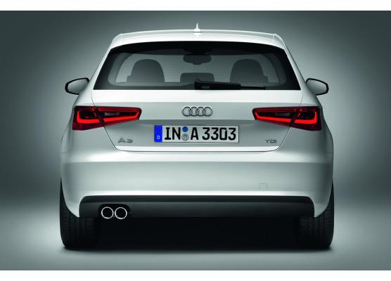 Trunk chrome trim Audi A3 Série 1 Phase 2 0003Série 3 Limousine 1316Série 3 Phase 2 1621