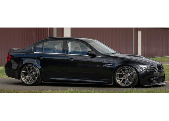 Fascia cromata di contorno inferiore dei vetri laterali BMW M3 E90 Berline 0708E90 Berline LCI 08