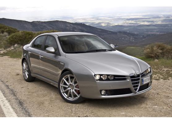 Moldura de calandria inferior cromada Alfa Romeo 159