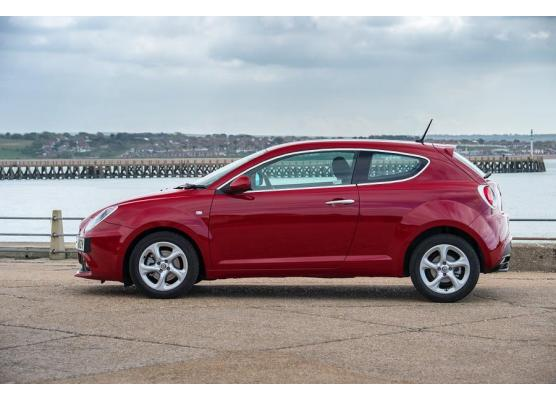 Side windows chrome trim Alfa Romeo Mito