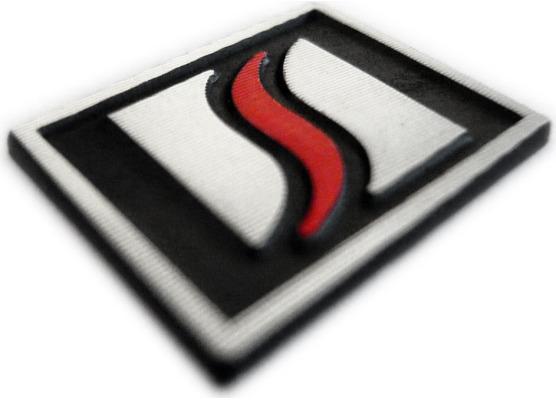 Logo Luxyline in alluminio per volante
