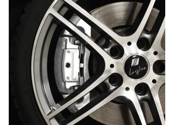 Painting kit for brake calipers white